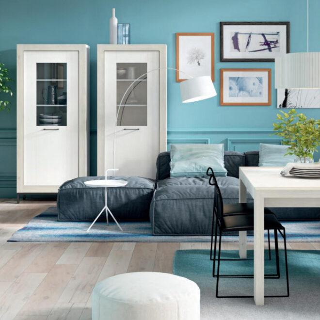 muebles-y-decoracion-salon-azul-cielo